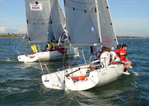 Stage de voile gratuit sur bateau collectif  du 3 au 7 juin